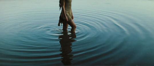 何も感じないなら傷つくこともない?感じることを辞めるより裸足のまま歩けばいい。
